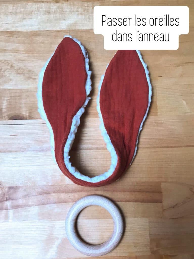 DIY hochet lapin avec Merci Jeannette- Etape 9 Passer dans l'anneau
